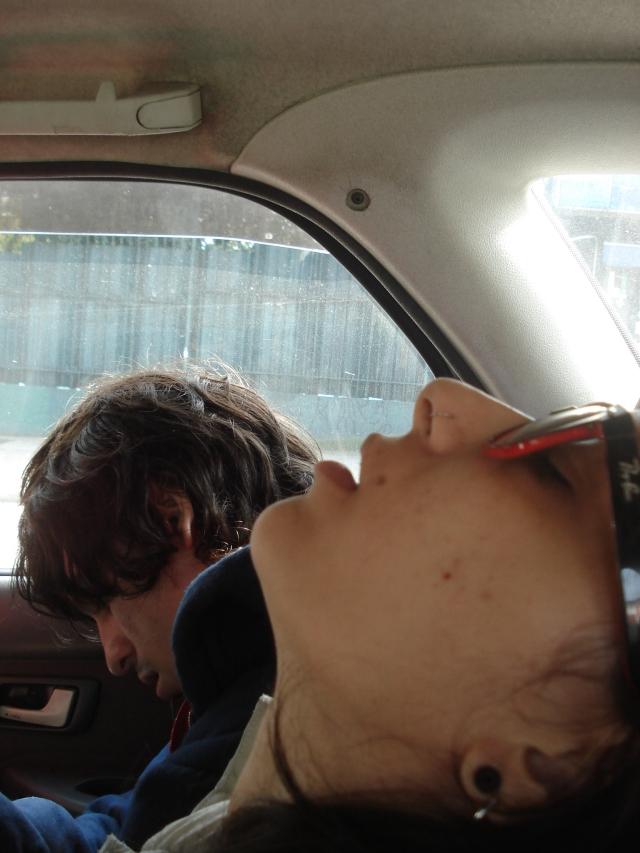 Dormindo em um táxi em SP